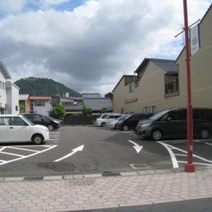 川端岡垣駐車場