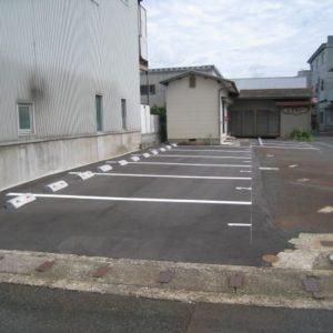 南吉方1丁目ふるさと駐車場